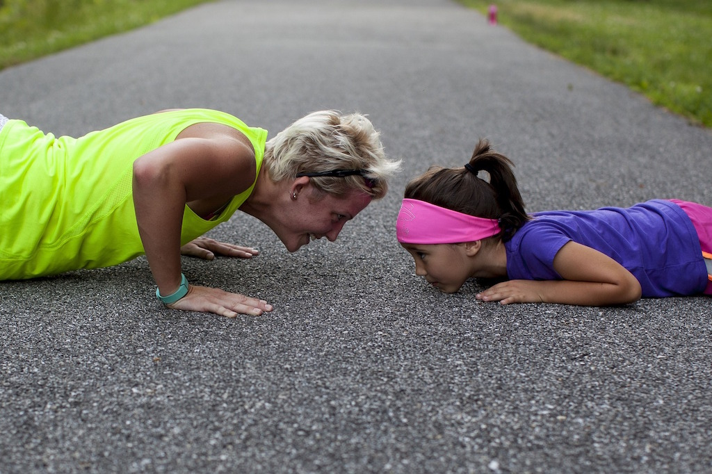 mom-kid-workout